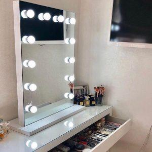 900 X 600 Hollywood Style Vanity Top Frameless Mirror with LED Bulbs