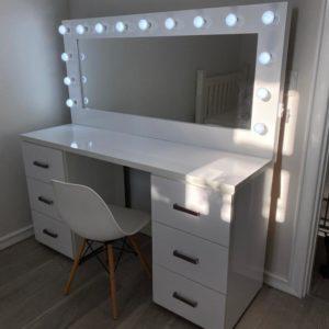 1500 X 500 X 900 6 Drawer gloss White glam station