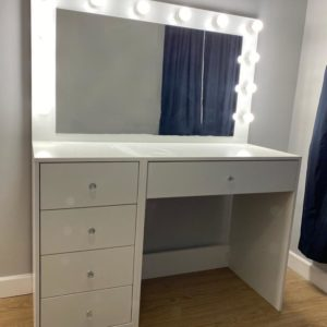 1100 X 500 X 810 5 DRAWER GLAM STATION